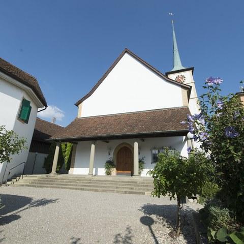 Kirche mit Hof. Vergrösserte Ansicht