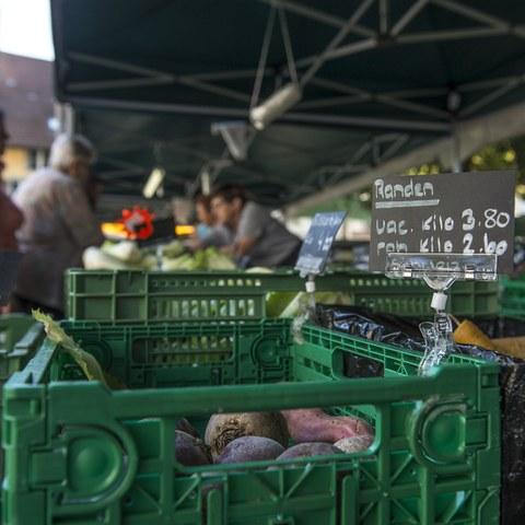 Gemüsemarkt. Vergrösserte Ansicht